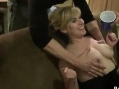 Amateur Homemade Drunk Orgy At Houseparty