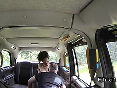 Fake taxi driver bangs ebony amateur
