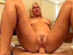 The old lady loves anal play