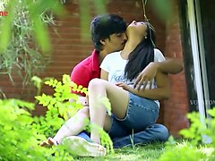 Bgrade Romance Lovers Caught In Park