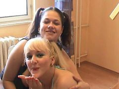 Deepthoat Blowjob By Two German Girls