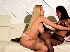 lexidona - pussy licking fun for lexi dona who gets her hands on big boobed blonde angel wicky