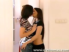 Furious Lesbian Lovers Make Out